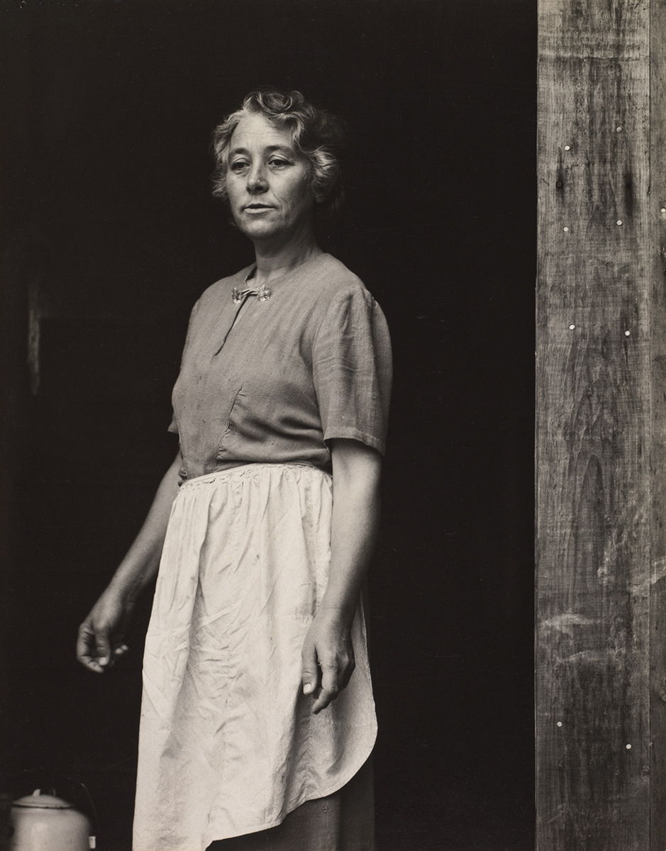 Susan Thompson, Cape Split, Maine [Susan Thompson, cabo Split, Maine], 1945. Copia a la gelatina de plata. The Cleveland Museum of Art. Fondo Leonard C. Hanna, Jr., 1983.204 © Aperture Foundation Inc., Paul Strand Archive. Foto: © The Cleveland Museum of Art